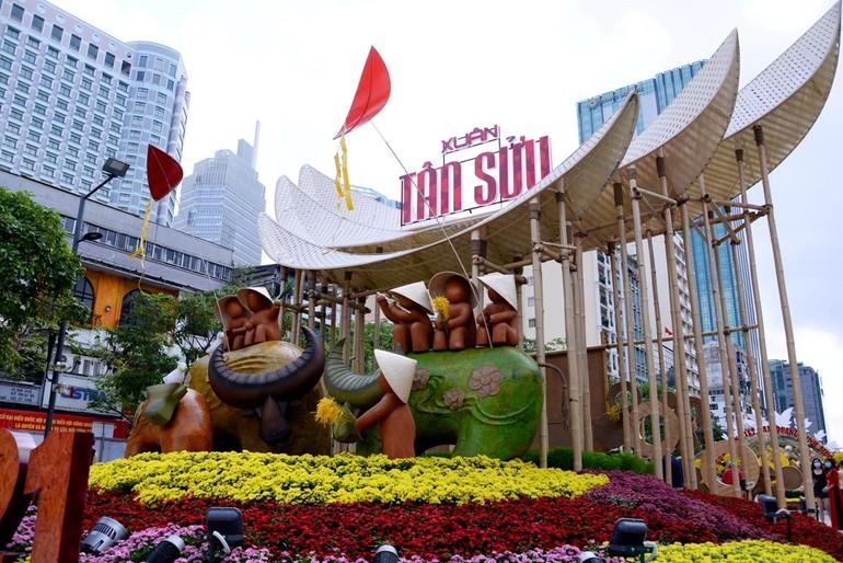 Ngắm Đường hoa Nguyễn Huệ Tết Tân Sửu - 2021 qua ảnh