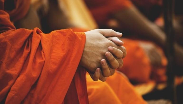 Nhờ nhận chân sự thật Dukkha, chúng ta có cơ hội điều chỉnh các quan niệm sống, thiết lập các giá trị sống theo hướng sẻ chia, vị tha, lạc quan, nhập thế...