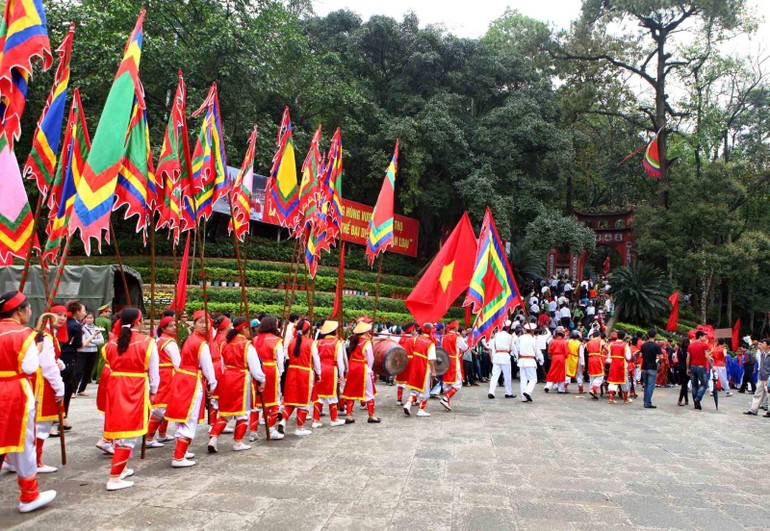 Lễ hội tại Đền Hùng (Phú Thọ) thường thu hút hàng triệu người dân, du khách tham dự