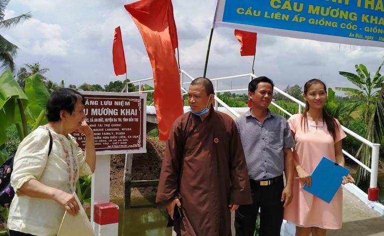 Trao cầu nông thôn tại Mương Khai
