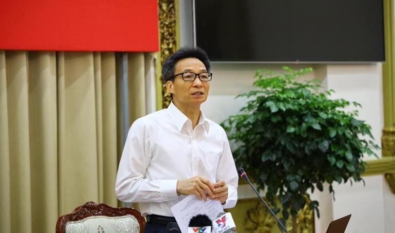 Phó Thủ tướng Vũ Đức Đam phát biểu chỉ đạo tại phiên họp với Ban Chỉ đạo TP.HCM sáng 23-4 - Ảnh: TTBC TP.HCM