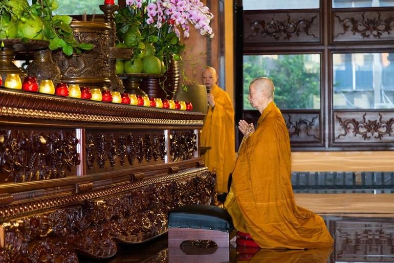 8g30 sáng mai 19-6, Trưởng lão Hòa thượng Thích Trí Quảng giảng về sự cầu nguyện trong Phật giáo