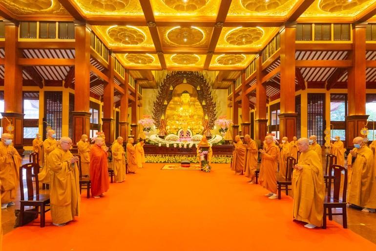 Đại lễ Phật đản Phật lịch 2565 của Phật giáo TP.HCM, tại chánh điện Việt Nam Quốc Tư - Ảnh: Anh Quốc