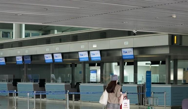 Tạm dừng nhập cảnh toàn bộ các đối tượng hành khách tại Cảng hàng không quốc tế Tân Sơn Nhất từ ngày 27-5
