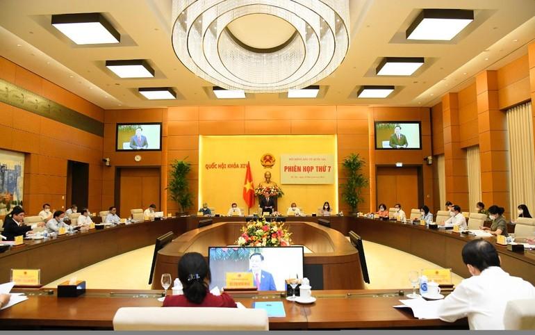Chủ tịch Quốc hội Vương Đình Huệ, Chủ tịch Hội đồng Bầu cử Quốc gia phát biểu - Ảnh: Quốc Hội