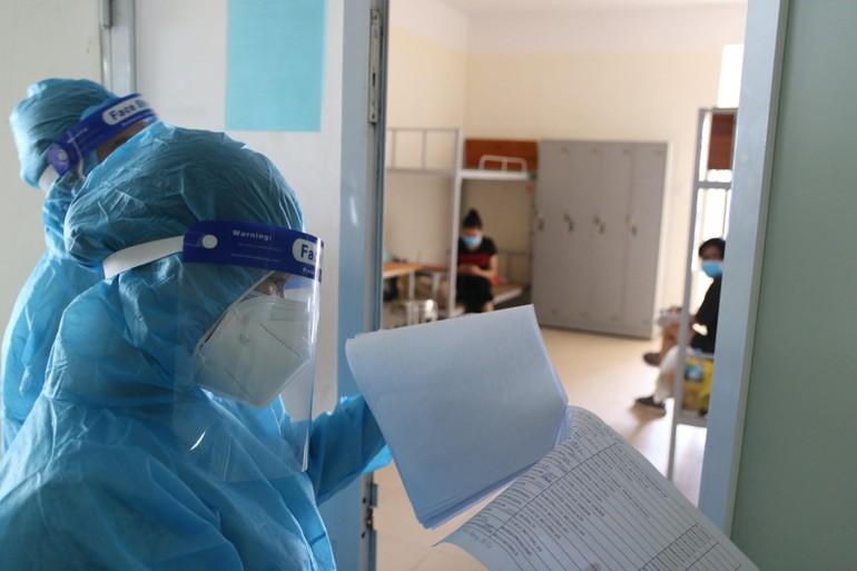 Số ca mắc Covid-19 tại Việt Nam đã vượt 10.000