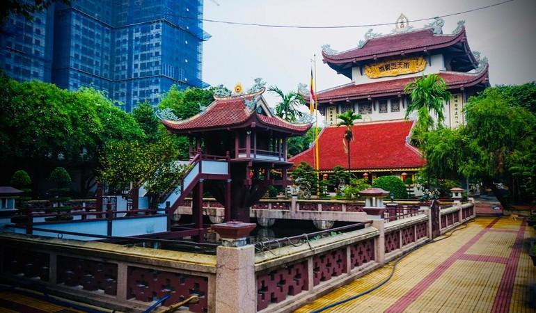 Chùa Nam Thiên Nhất Trụ ở Thủ Đức, TP.HCM