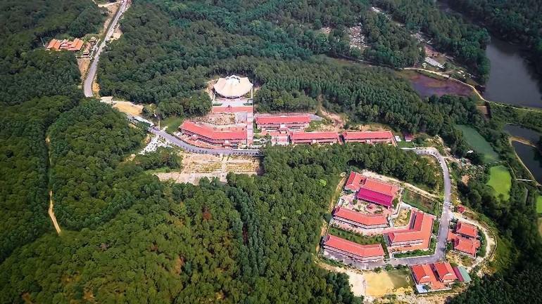 Quần thể cơ sở 2 Học viện Phật giáo VN tại Huế
