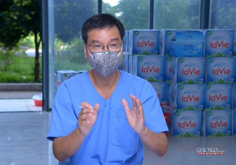 TS.BSCKII Nguyễn Thanh Vinh, Phó Giám đốc Bệnh viện Tai Mũi Họng TP.HCM, kiêm Giám đốc Bệnh viện Dã chiến thu dung và điều trị Covid-19 số 10