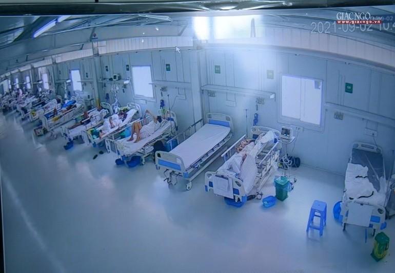 Còn 2.174 bệnh nhân nặng đang thở máy và 21 bệnh nhân can thiệp ECMO - Ảnh: Bảo Toàn