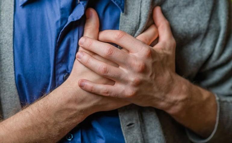 Bệnh nhân mắc Covid-19 có thể biểu hiện nhiều triệu chứng khác nhau, bao gồm sốt, ho, khó thở, đau cơ, đau họng, đau đầu, đau ngực...