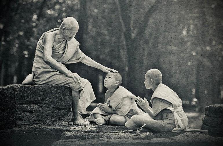 Giới luật là mạng mạch của Phật pháp