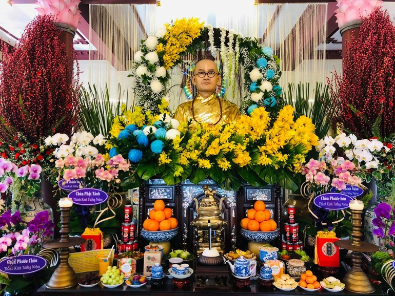 Tượng sáp Hòa thượng Thích Thiện Bình được phụng thờ tại chùa Giác Long