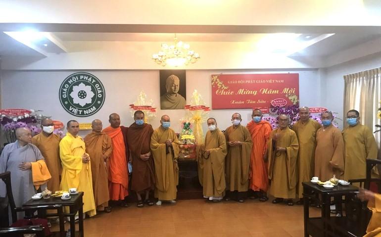 Ban Trị sự GHPGVN tỉnh BR-VT chúc Tết đến chư tôn đức Hội đồng Trị sự