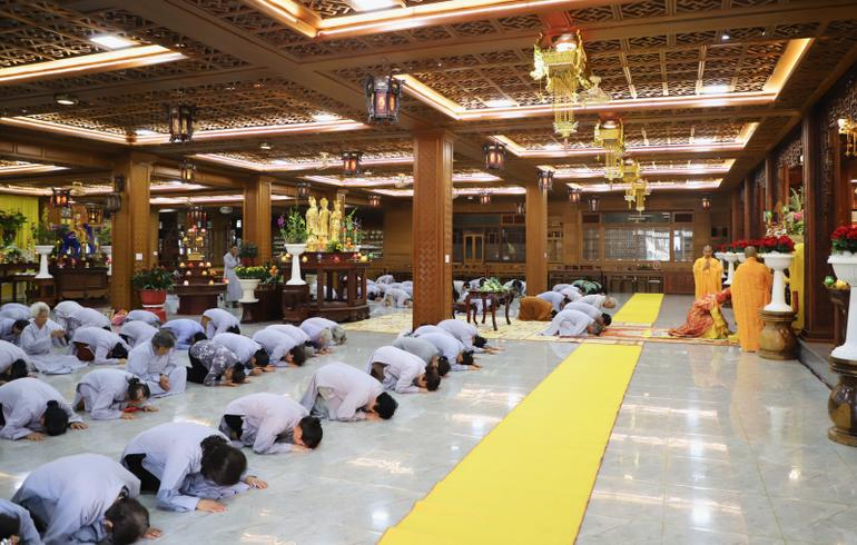 Theo truyền thống mỗi năm vào tiết Thanh Minh, chùa tổ chức lễ hiệp kỵ và 5 năm một lần tổ chức quy mô hơn