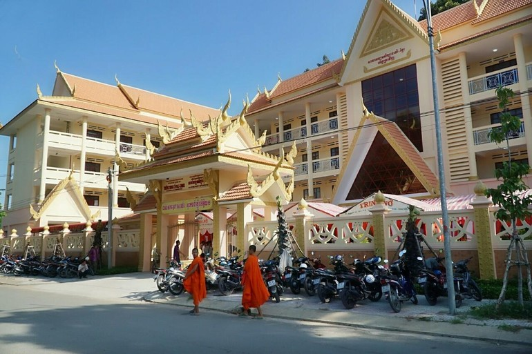 Trường Trung cấp Pali - Khmer tỉnh Trà Vinh tuyển sinh lớp 10 dành chư Tăng, học sinh người Khmer