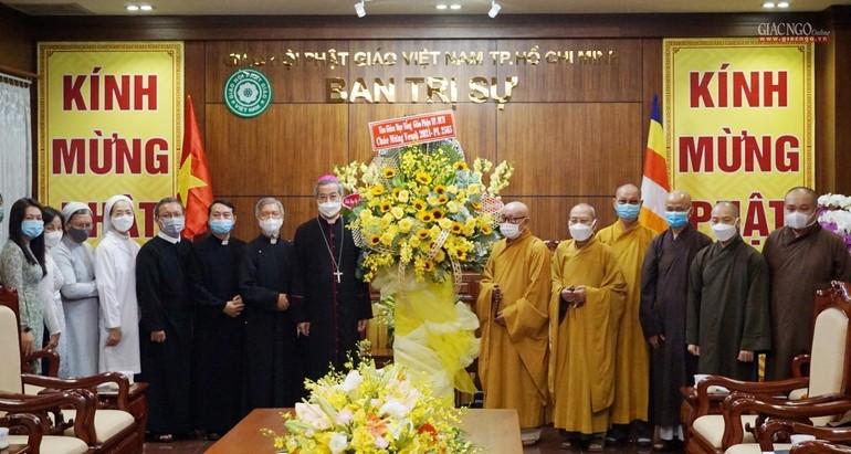 Ngài Tổng Giám mục Tổng Giáo phận TP.HCM chúc mừng Phật đản đến chư tôn đức Ban Trị sự GHPGVN TP.HCM