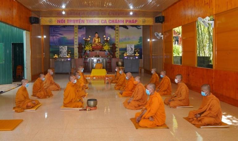 Chư Tăng Hệ phái Khất sĩ trong tỉnh trang nghiêm tổ chức lễ tác pháp An cư kiết hạ Phật lịch 2565