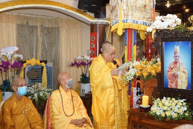 Hòa thượng Thích Thiện Toàn dâng lời tưởng niệm Hòa thượng Thích Từ Hoa
