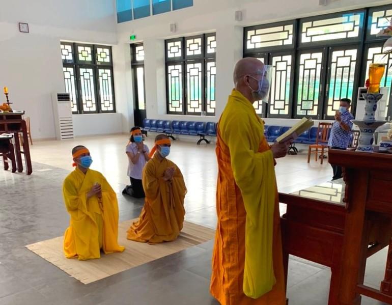 Tang lễ Hòa thượng Thích Ngộ Tịnh được tổ chức nội bộ tại Nhà tang lễ Bệnh viện 87 - TP.Nha Trang - Ảnh: Nguyên Đăng