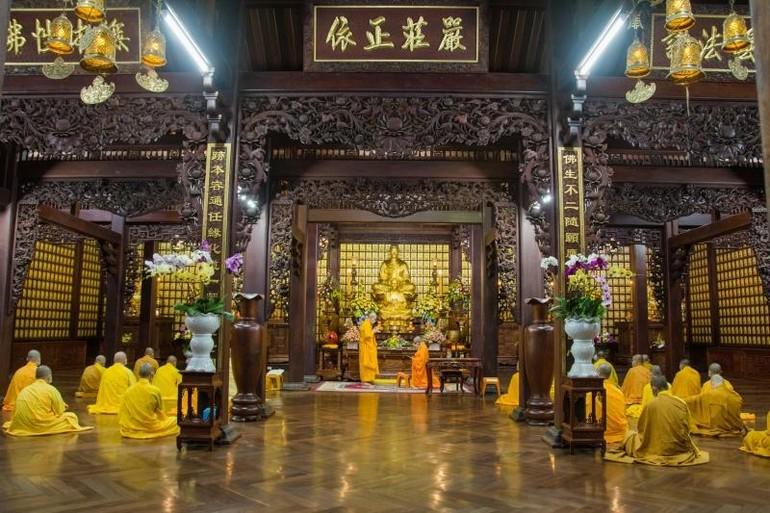 Chư Tăng chùa Sắc tứ Khải Đoan tiến hành lễ tác pháp Tự tứ và giải chế An cư kiết hạ Phật lịch 2565