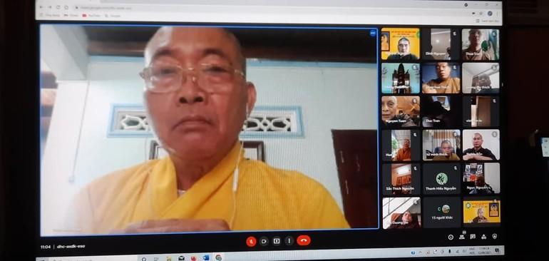 Hòa thượng Thích Minh Nhật, Trưởng ban Trị sự GHPGVN tỉnh Bình Thuận chủ trì hội nghị trực tuyến