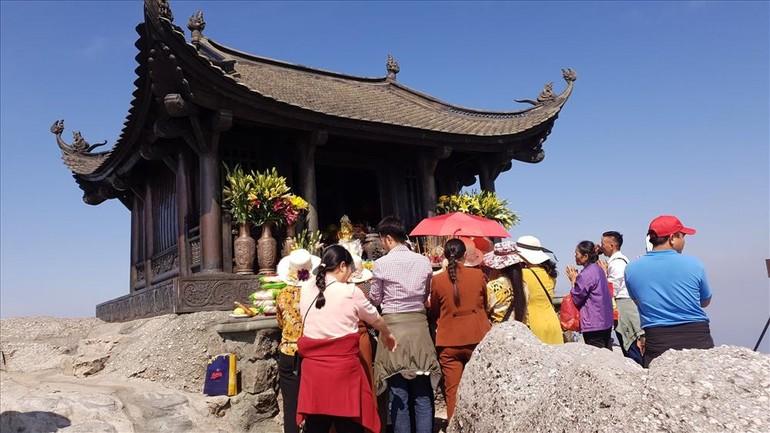 Quảng Ninh mở lại một số hoạt động dịch vụ du lịch, danh thắng nội tỉnh từ 0 giờ ngày 21-9