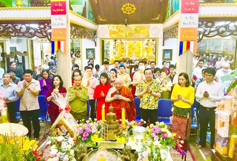Lễ hội Tết Cổ truyền các nước Dông Nam Á tại chùa Phổ Minh - Ảnh: Tâm Xuân