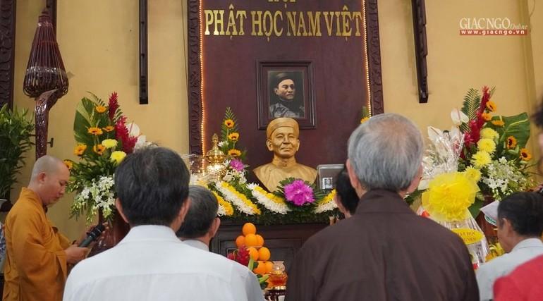 Lễ húy nhật cư sĩ Chánh Trí Mai Thọ Truyền tại chùa Xá Lợi