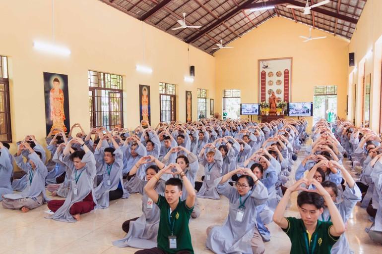 Các bạn trẻ về chùa Huệ Viễn (Đồng Nai) tham dự khóa tu An nhiên từng phút giây