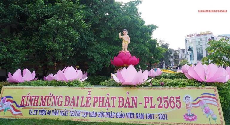 Kính mừng Phật đản tại chùa Pháp Hoa