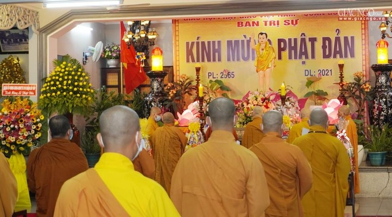 Phật giáo quận Gò Vấp trang nghiêm Kính mừng Phật đản tại chùa Huỳnh Kim