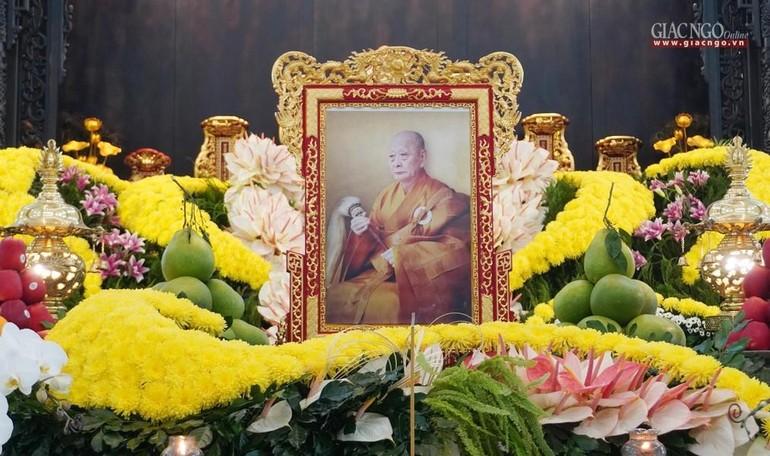 Di ảnh Đại lão Hòa Thượng Thích Tắc An tại chùa Thiền Tôn 2