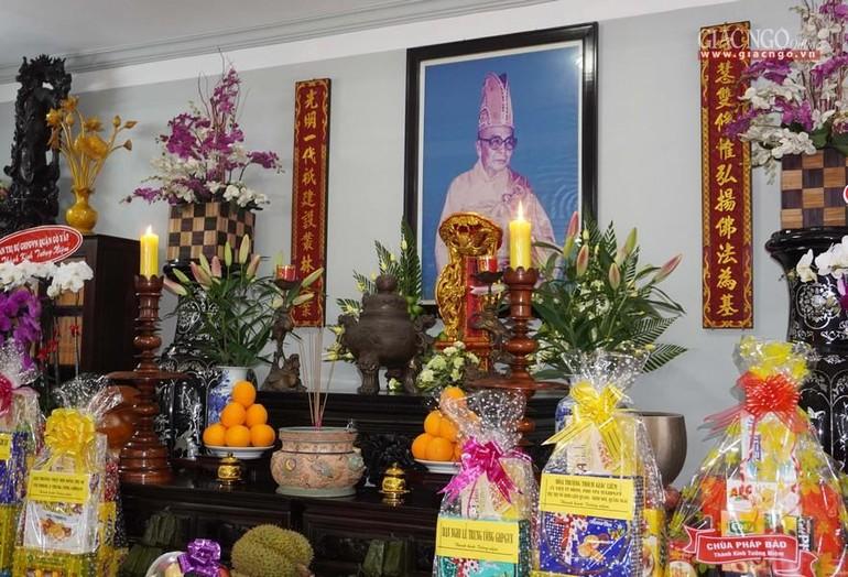 Tưởng niệm Hòa thượng Thích Định Quang tại chùa Huỳnh Kim
