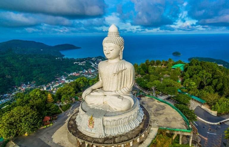 Tượng Phật tại Phuket, Thái Lan