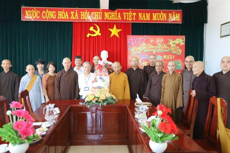 Ban Trị sự GHPGVN tỉnh Phú Yên thăm và chúc tết các ban ngành