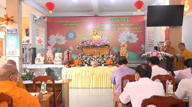 Hòa thượng Thích Như Tước - Ủy viên Hội đồng Trị sự, Trưởng Ban Trị sự GHPGVN tỉnh Vĩnh Long phát biểu khai mạc hội nghị