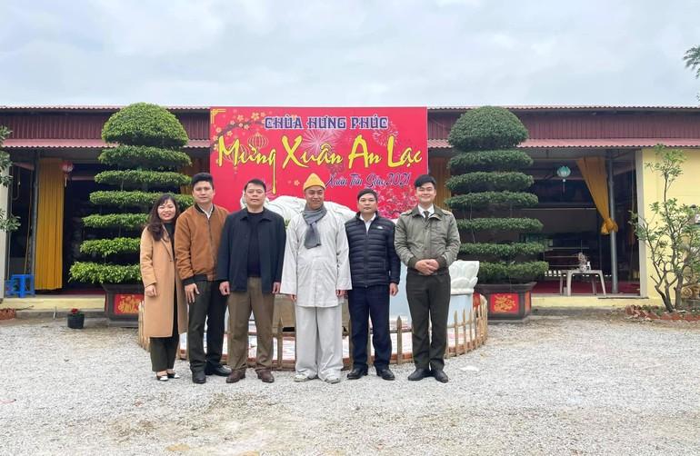 Đoàn công an tỉnh Thanh Hóa chúc tết tại chùa Hưng Phúc