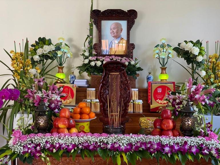 Di ảnh Ni trưởng Thích nữ Huệ Phước, trụ trì chùa Linh Phong (TP.Đà Lạt)