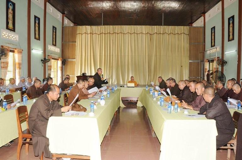 Quang cảnh phiên họp mở rộng Ban Thường trực Ban Trị sự Phật giáo tỉnh Quảng Nam