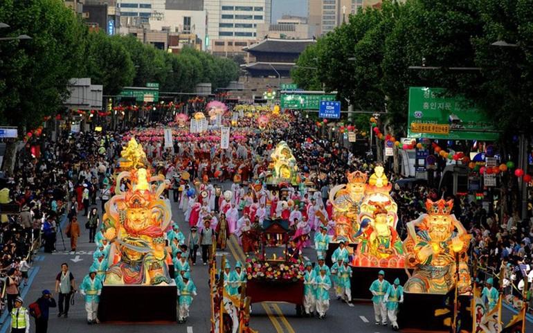 Lễ rước đèn Yeondeunghoe nhân dịp Phật đản tại Hàn Quốc