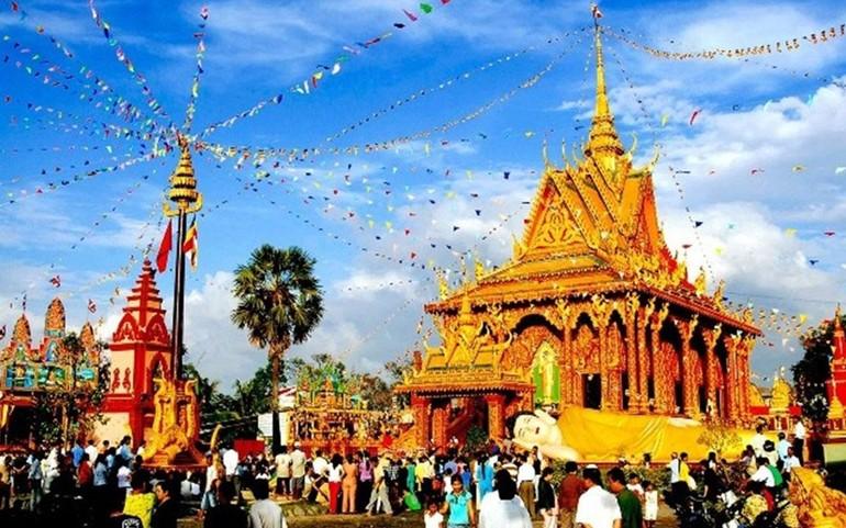Chôl Chnăm Thmây là lễ hội quan trọng trong đời sống của đồng bào Khmer