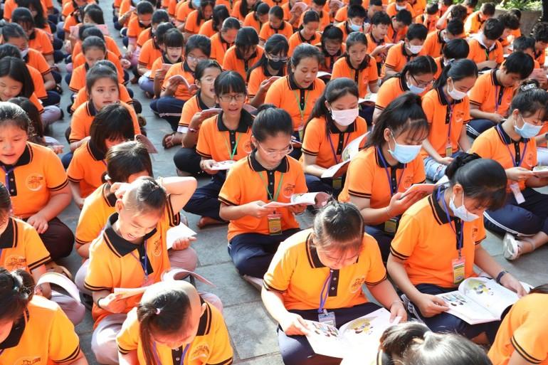 Các em tham dự khóa tu La Hầu La tại chùa Thiên Quang
