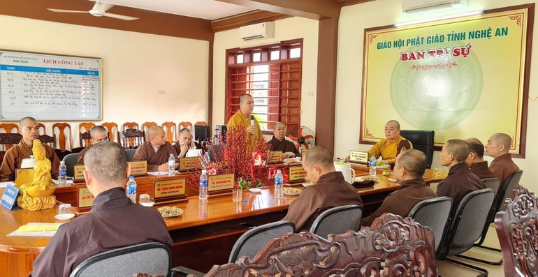 Quang cảnh phiên họp của Ban Thường trực Ban Trị sự Phật giáo Nghệ An