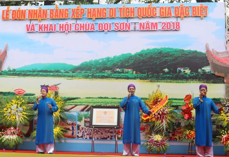 Chương trình nghệ thuật tại lễ đón nhận bằng xếp hạng Di tích Quốc gia đặc biệt và khai hội chùa Đọi Sơn năm 2018