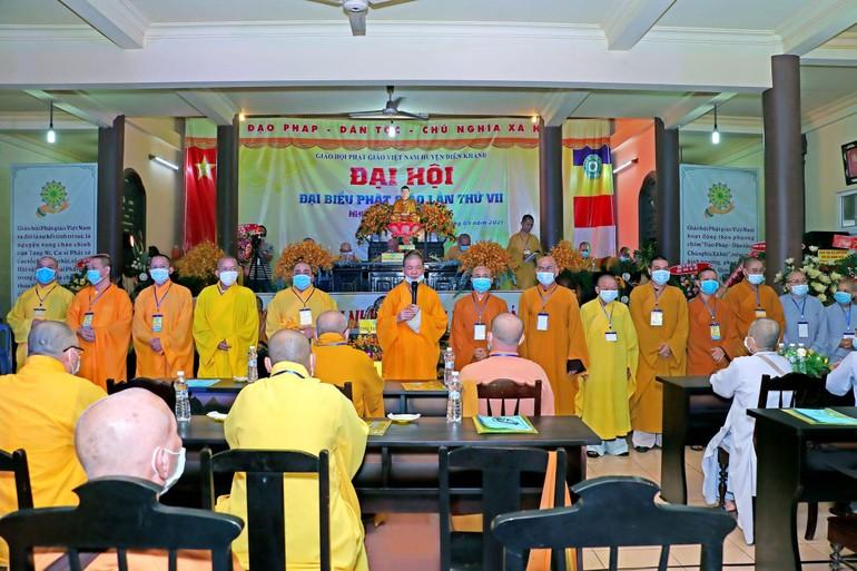 Tân Ban Trị sự Phật giáo huyện Diên Khánh nhiệm kỳ 2021-2026 ra mắt đại hội