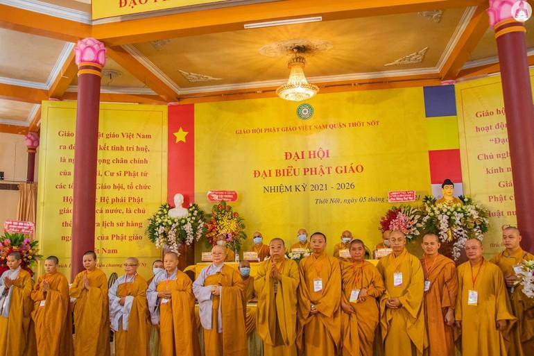 Tân Ban Trị sự Phật giáo quận Thốt Nốt nhiệm kỳ 2021-2026 ra mắt đại hội