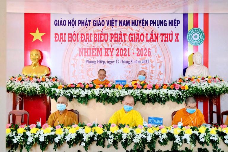Chư tôn đức Chứng minh, Chủ tọa đoàn Đại hội đại biểu Phật giáo huyện Phụng Hiệp nhiệm kỳ 2021-2026