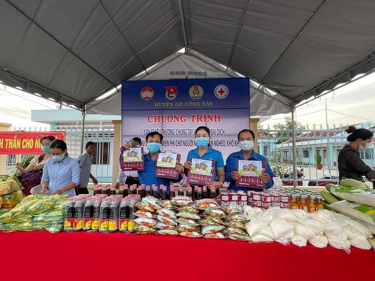 Phiên chợ 0 đồng tại huyện Gò Công Tây (tỉnh Tiền Giang)