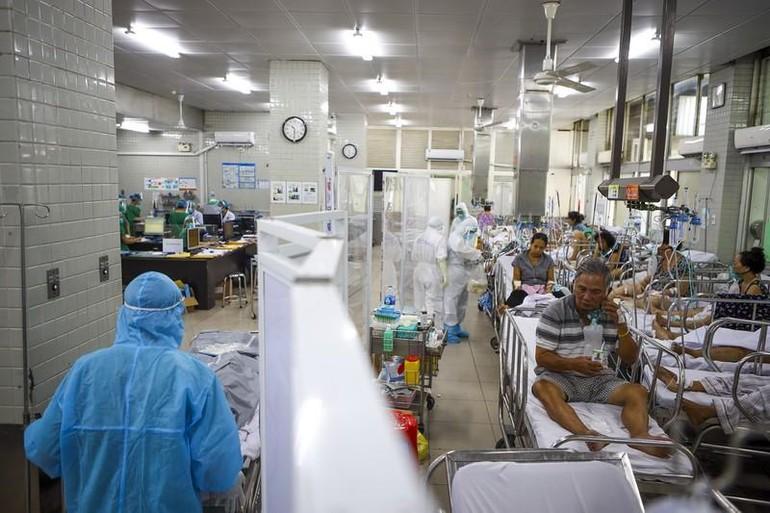 Khoa cấp cứu bệnh nhân Covid-19 tại Bệnh viện Chợ Rẫy - Ảnh: Nguyệt Nhi